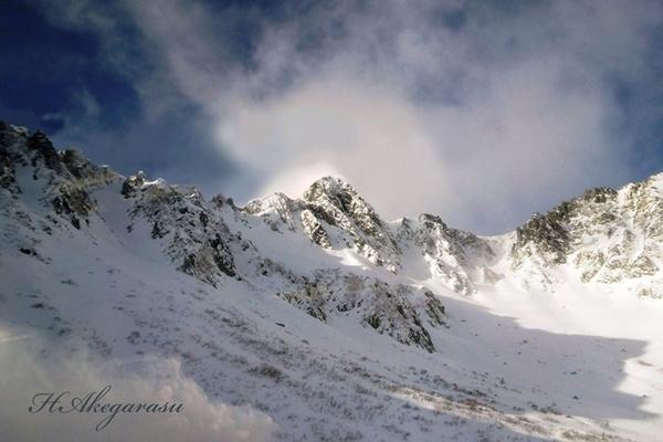 宝剣岳2931m   山頂の彩雲.jpg